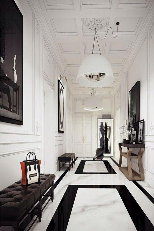 hacer que tu pasillo parezca más ancho: elimina objetos inservibles