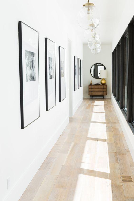 hacer que tu pasillo parezca más ancho: iluminación